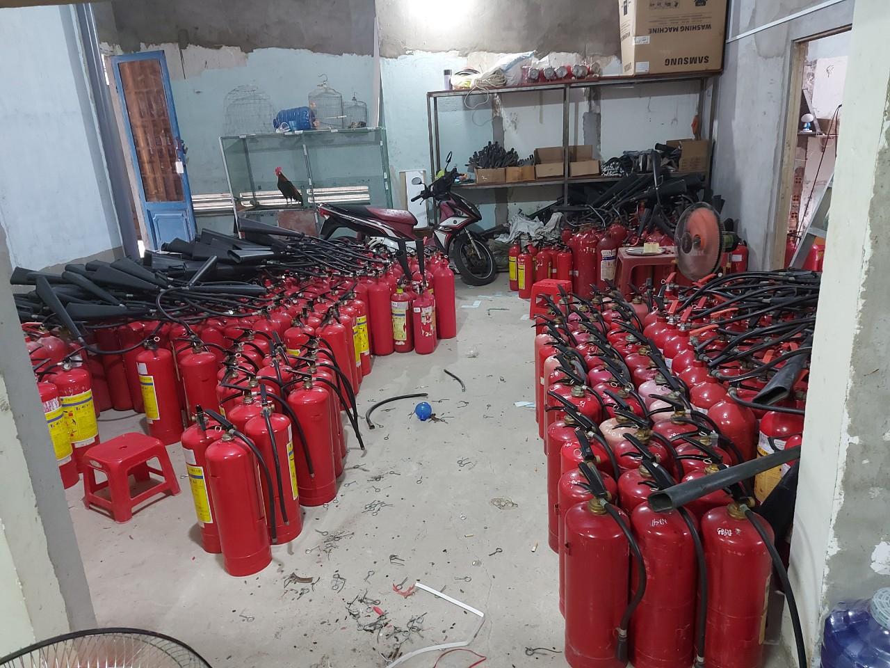 Nạp bình chữa cháy,sạc bình chữa cháy, bơm bình chữa cháy,nạp sạc bình chữa cháy giá rẻ- liên hệ 0909 087 114